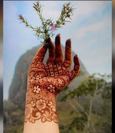 Indian Henna Designs, Rose Mehndi Designs, Back Hand Mehndi Designs, Henna Art Designs, Stylish Mehndi Designs, Mehndi Designs For Beginners, Mehndi Designs For Girls, Wedding Mehndi Designs, Mehndi Designs For Fingers