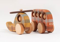Wooden Toys for Boys, Personalized toddler gift, Toy Bus and Helicopter Toy, Wooden Toy Cars - Stofftiere Wooden Toy Cars, Wood Toys, Handmade Wooden Toys, Wooden Diy, Toddler Gifts, Toddler Toys, Green Toys, Woodworking Toys, Pull Toy