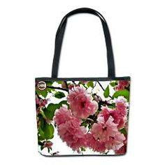 Pink Blooms Bucket Bag> In the Garden> Flawn Ocho