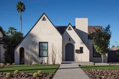 Chen + Suchart Studio have renovated this home in a 1930's era neighborhood of Phoenix, Arizona, and added a rear extension that created a larger living space and a new master bedroom.