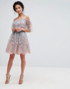 Discover fashion online - Everything you are looking The Dress, Dress Skirt, Bridesmaid Dresses, Prom Dresses, Formal Dresses, Pretty Dresses, Beautiful Dresses, Dress Outfits, Fashion Outfits