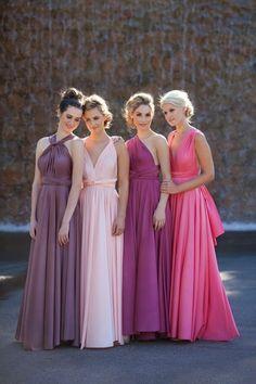 tenue de mariage en rose viloet lia et fuchsia dames d honneur style déésse grecque