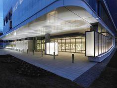 cannon design kaleida health gates vascular lobby | Kaleida Health Gates Vascular Institute / Cannon Design | ArchDaily