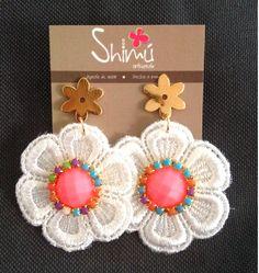 Románticos y delicados Lace Earrings, Lace Jewelry, Soutache Earrings, Fringe Earrings, Diy Jewelry, Crochet Earrings, Jewelry Making, Stud Earrings, Indian Accessories