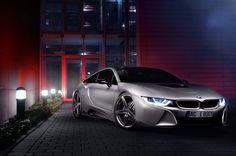 Il tuner tedesco presenta la BMW i8 by AC Schnitzer, caratterizzata da un pacchetto aerodinamico dedicato e da un assetto ribassato