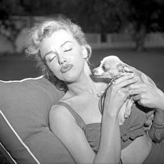 Marilyn Monroe and Her Pets - Neatorama