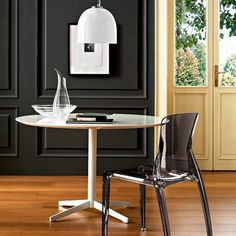 Amazing 15 Modern Bright Kitchen Chairs from Domitalia : Amazing 15 Modern Bright Kitchen Chairs From Domitalia With Black Cupboard And Wooden Door And Table With Glass Bar Stool And Hardwood Flooring Modern Kitchen Tables, Kitchen Chairs, Dining Room Chairs, White Dining Table, Round Dining Table, Bright Kitchens, Contemporary Dining Chairs, Küchen Design, Wooden Doors