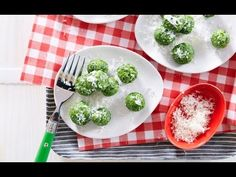 Watch this video to learn how to make this beautiful and healthy spinach gnocchi for dinner!