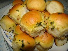 Pãozinho de Cebola com Cobertura de Alho
