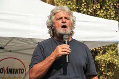 Vespa vs Grillo, c'era in effetti un plastico in studio: era il capo del M5S #vincevatevoi #selfiedellagleba