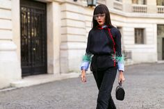 Paris from the Streets- big clear fashion glasses