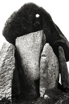Pentre-Ifan Dolmen - Wales
