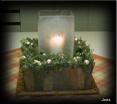 vierkant kerststuk met plataanschors.jpg