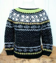 Epla er et nettsted for kjøp og salg av håndlagde og andre unike ting! Knitting Needles, Christmas Sweaters, Lens, Men Sweater, Shopping, Design, Fashion, Moda, Fashion Styles