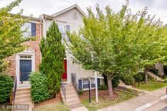 New to the market! A beautiful 3 bed 2 2 1/2 bath townhome located at 19935 Ridgecrest Square in Ashburn! Reach out to to me if you are interested!