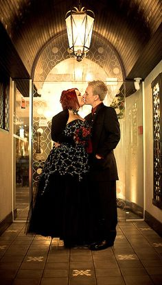 Kelly & Rick's zany, red and black gothic wedding | Offbeat Bride