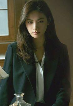 "Nana ❤️❤️❤️ in her new movie, ""Justice"" 😘 Nana Afterschool, Im Jin Ah Nana, Redhead Hairstyles, Headshot Poses, Asian Eye Makeup, Cute Beauty, Makeup Inspiration, Makeup Ideas, Japanese Hairstyles"
