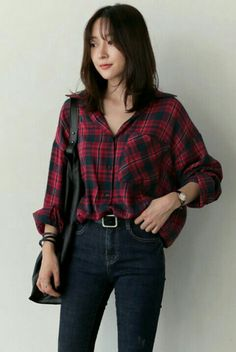 Cheap vetement fashion femme Buy Quality vetement femme directly from China plaid shirt women Suppliers: Blusas y Camisas Mujer Casual Plaid Shirt Wo Fashion 90s, Korean Girl Fashion, Korean Fashion Trends, Korean Street Fashion, Ulzzang Fashion, Look Fashion, Fashion Outfits, China Fashion, Fashion Fall