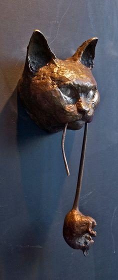 Cat Door Knocker Bronze by Derek Bernstein - Casadelgatto on Etsy