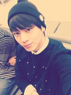 sungjae's twitter update Sungjae Btob, Lee Changsub, Cube Entertainment, This Man, Pick One, Super Funny, Kpop Boy, Lee Min, Pop Group