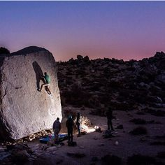 Gnarly athlete Chris Simmon completing Jedi Mind tricks in Bishop California. #climb #boulder #gnarlynutrition