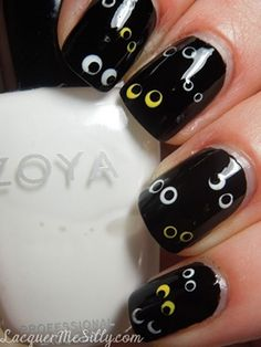 Top 17 Simple Halloween Nail Designs – Daily Inspiring For New Home Manicure - HoliCoffee Get Nails, Love Nails, Pretty Nails, Hair And Nails, Fall Nails, Halloween Nail Designs, Halloween Nail Art, Easy Halloween, Halloween Eyes
