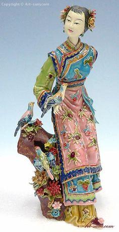 Handmade China Porcelain Figurine Shiwan Chinese Ceramic Sculpture Lady Bird