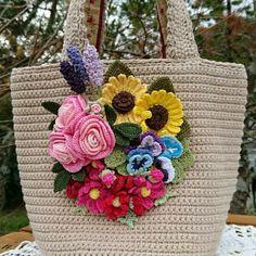 編み屋*しゅしゅ♪大人可愛い☆ガーデン☆YUWA☆レース糸・レース編み・トートバッグ_1 Diy Bags Easy, Simple Bags, Crochet Handbags, Crochet Purses, Purse Patterns, Crochet Patterns, Free Crochet, Knit Crochet, Crochet Backpack