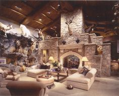 Cabela's style gun cave... Hunting Cabin, Hunting Rooms, American Canyon, Taxidermy Display, Custom Trophies, Hot Tub Backyard, Ghost House, Gun Rooms, Trophy Rooms