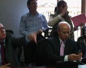 """En la discusión hubo cruce de insultos entre las partes. Foto: Noticias RCN  OTRA PRUEBA MAS DE """"PAZ"""" DEL GOBIERNO DE LA """"PAZ"""""""