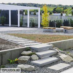 * Csináld magad kertépítés *: Kertépítés ötletek Sidewalk, Patio, Outdoor Decor, Modern, Home Decor, Trendy Tree, Decoration Home, Room Decor, Side Walkway