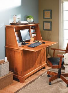 Keep your home office or spare room organized with an attractive piece of furniture that's as practical as it is stylish. Woodworking Desk, Woodworking Projects, Woodsmith Plans, Veneer Plywood, Desk Plans, Computer Case, Stay Cool, Spare Room, Room Organization