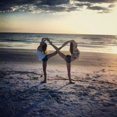 Friends infinity symbol! Charnelle I wanna see how bad we can fail at this!! Lmao!