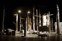 """""""Quando il lupo non è in casa"""" performance interattiva di DeGeneraal, Thomas Roper e Jean Marie Oriot"""