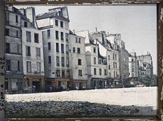 La rue Beaubourg, avec sur la gauche la rue de Venise et la rue des Etuves-Saint-Martin par Stéphane Passet ©Musée Albert-Kahn - Département des Hauts-de-Seine