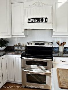Maximize cabinet space - need corner ideas Place Above Stove Kitchen Whitewashed Chippy Shabby Chic French Country Rustic Swedish decor Idea Kitchen Time, Kitchen Redo, New Kitchen, Kitchen Remodel, Kitchen Ideas, French Kitchen, Kitchen Inspiration, Kitchen Facelift, Interior Decorating Tips
