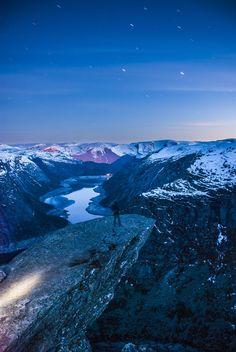 Stunningly beautiful view of Trolltunga at night | Odda, Hordaland | Norway