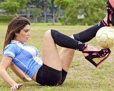 Freestyle Futbol Champ Fiorella Castillo does it better, and in heels...