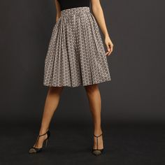 now on eboutic.ch - skirt for women - brown and beige Famous Brands, Sexy Outfits, Midi Skirt, Feminine, Glamour, Beige, Elegant, Brown, Skirts