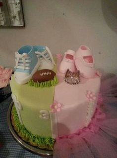 Gender revealed cake At The Baby Scan Studio we specialise in gender reveal… Baby Reveal Cakes, Baby Gender Reveal Party, Gender Party, Shower Bebe, Reveal Parties, Baby Party, Baby Shower Cakes, Girl Birthday, Cupcake Cakes
