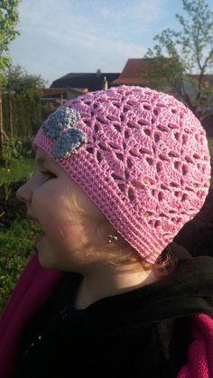 Crochet Box, Crochet Hats, Beanie, Fashion, Knitting Hats, Moda, Fashion Styles, Beanies, Fashion Illustrations