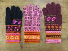 Visit the post for more. Light Colors, Colours, Knitted Gloves, Mittens, Socks, Knitting, Happy, Accessories, Gloves