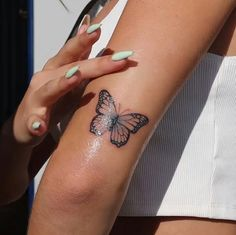 Butterfly Tattoos For Women, Cute Tattoos For Women, Tiny Tattoos For Girls, Butterfly Tattoo Designs, Little Tattoos, Mini Tattoos, Butterfly Wrist Tattoo, Dainty Tattoos, Dope Tattoos