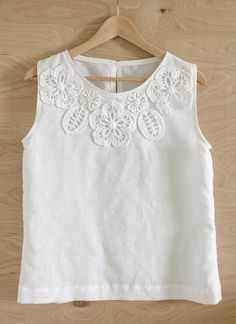 Outstanding Crochet: Blouse with irish Crochet Embellishment. Pattern.NOT FREE BUT WHAT A GREAT IDEA