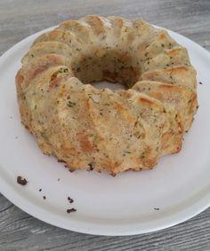 Bread dumplings from the mold - Klöße - Crockpot Recipes Crockpot Dessert Recipes, Healthy Crockpot Recipes, Apple Recipes, Slow Cooker Recipes, Breakfast Recipes, Breakfast Muffins, Bread Crockpot, Bread Dumplings, Cooking Dumplings