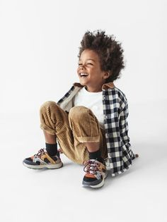 Toddler Boy Fashion, Little Boy Fashion, Toddler Boys, Kids Boys, Baby Boy Outfits, Kids Outfits, Cut Out People, Family Photo Outfits, Kid Poses