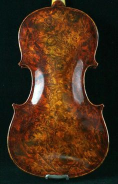 When the back of your violin tells a story of its own...   'Bird Eyes' Stradivarius.