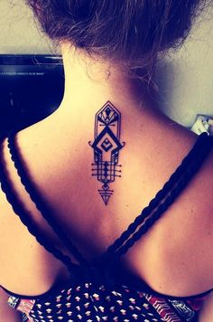 Pretty Tattoo Design on Back Neck