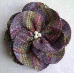 Mauve Wool Tweed Flower Corsage £10.00