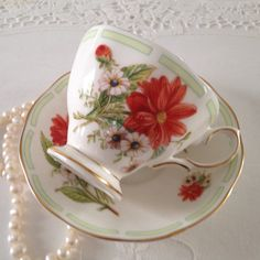 made by Royal Albert in England Vintage Cups, Vintage China, Vintage Tea, Cup And Saucer Set, Tea Cup Saucer, Cream Tea, China Tea Cups, Plate Design, Tea Service